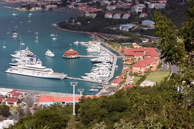 Yacht Haven Grande megayacht marina IGY Marinas