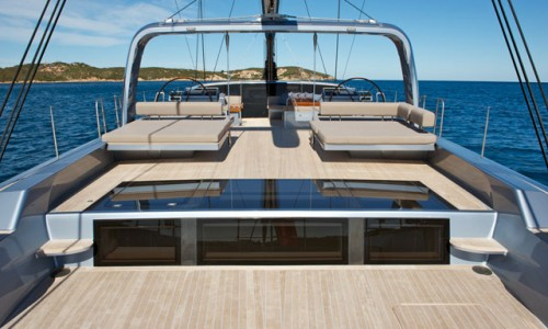 Vitters-Sarissa-deck-lounge