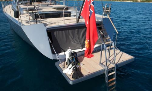 Vitters-Sarissa-dive-gear