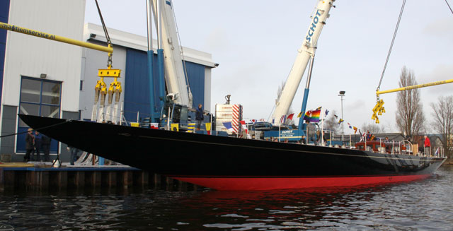 HJB sailing superyacht Rainbow