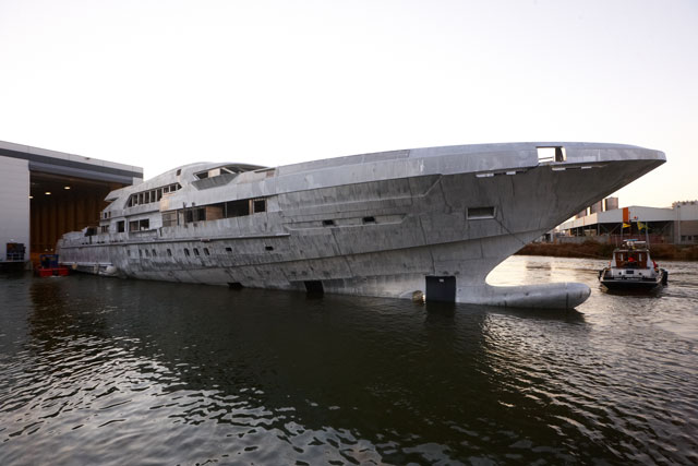 video  heesen 65m fdhf time-lapse construction