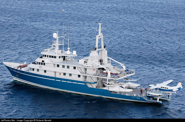Living Oceans Foundation Crew Golden Shadow Want Teachers