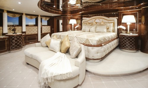 Benetti-Diamonds-Are-Forever-master