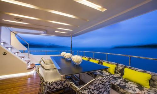 Benetti-Ocean-Drive-aft-deck