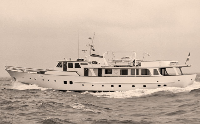 Feadship-Heavenly-Daze-1972