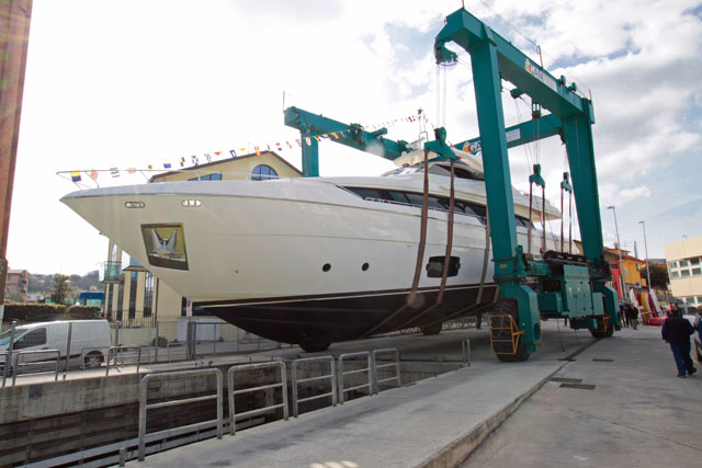 Ferretti-960-launch-2