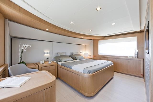 Navetta 26 Owner Room