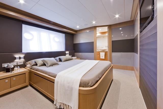 Navetta 26 VIP Room