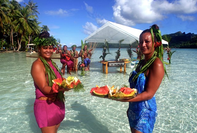 French Polynesia picnic