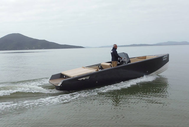 M1-Yachts-M1-tender-1