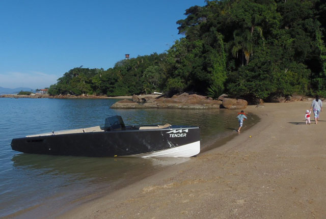 M1-Yachts-M1-tender-2