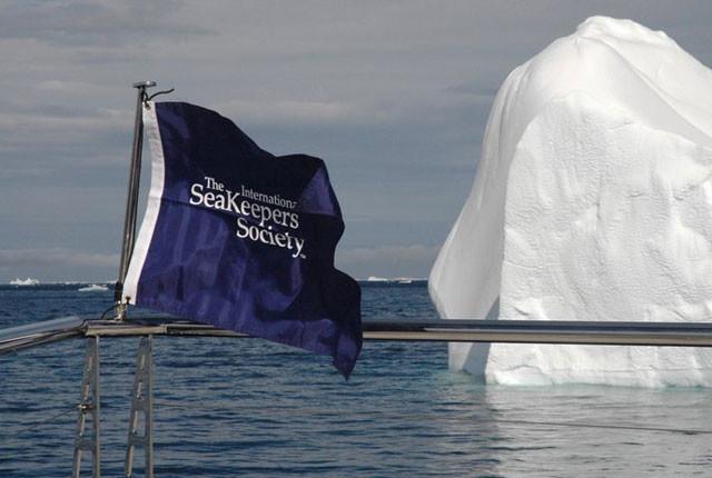 International-SeaKeepers-Society-flag-Antarctica
