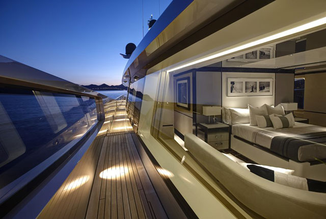 Megayacht news onboard feadship s como megayacht news for Carla de klerk interieur