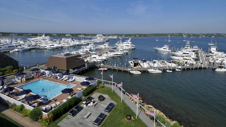Aerial-View-of-Montauk-Yacht-Club