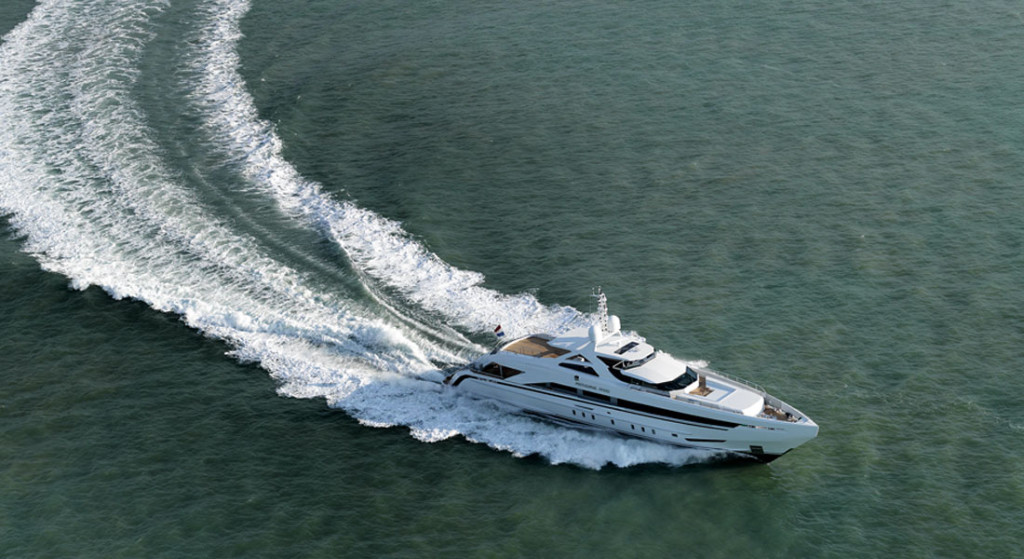 heesen built Amore Mio in 2016; she is among valentine-themed superyachts too