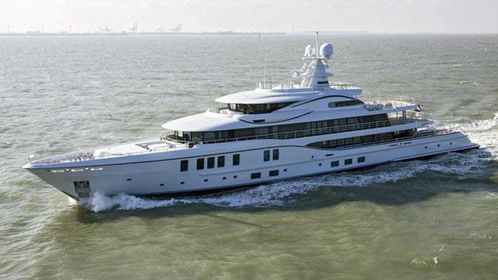 Amels 242 Plvs Vltra sea trials