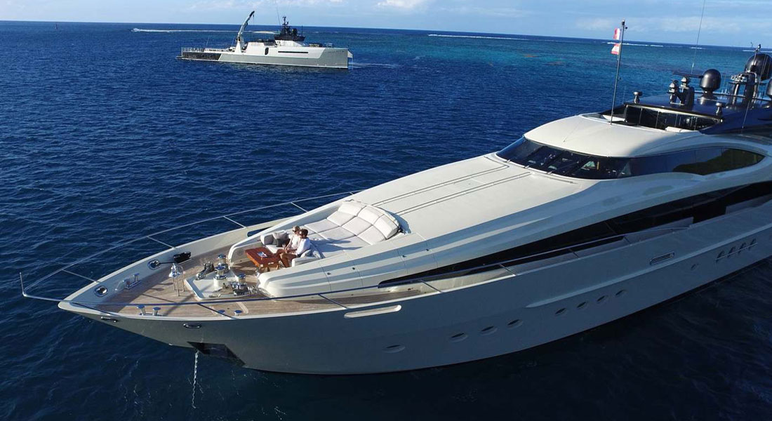 Vantage yacht and Ad-Vantage shadow boat