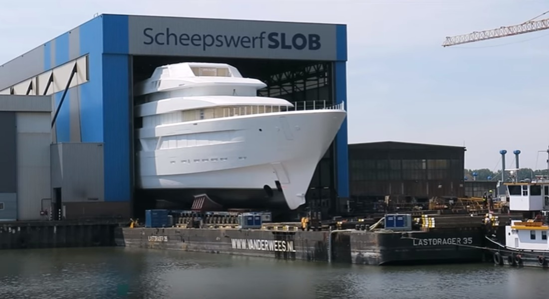 Feadship YN 700 Stirs Excitement: VIDEO