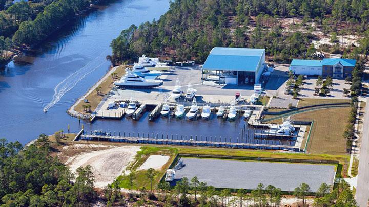 Saunders Yachtworks megayacht service yard