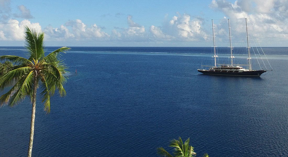 sailing superyacht Eos in French Polynesia