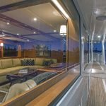 Outer Reef 860 megayacht HQ