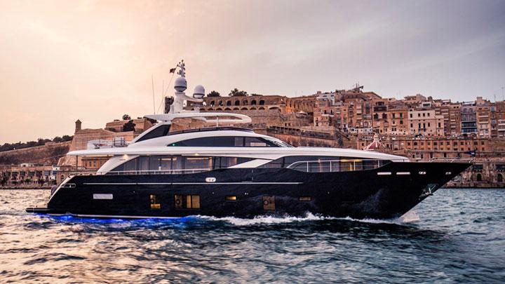 Princess 30M megayachts to see Miami Yacht Show