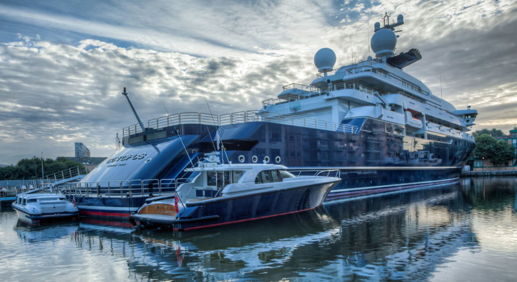 Octopus Paul Allen superyachts of Super Bowl contenders