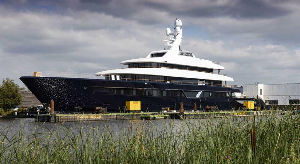 Lonian superyacht Project 700