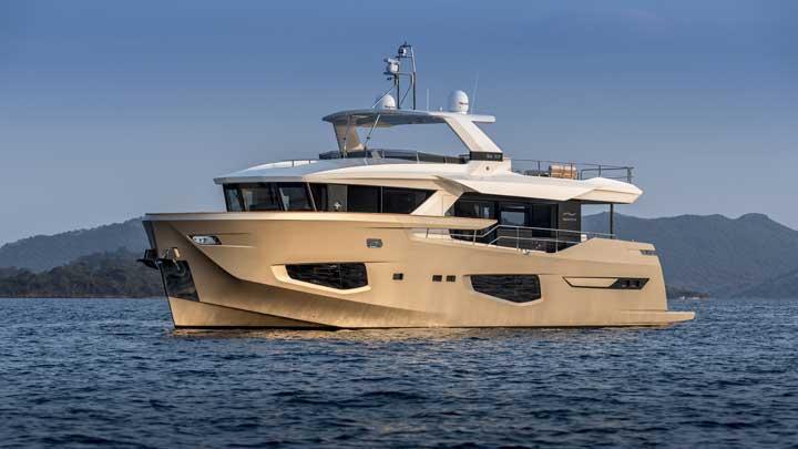 Numarine 26XP displacement superyacht Minella