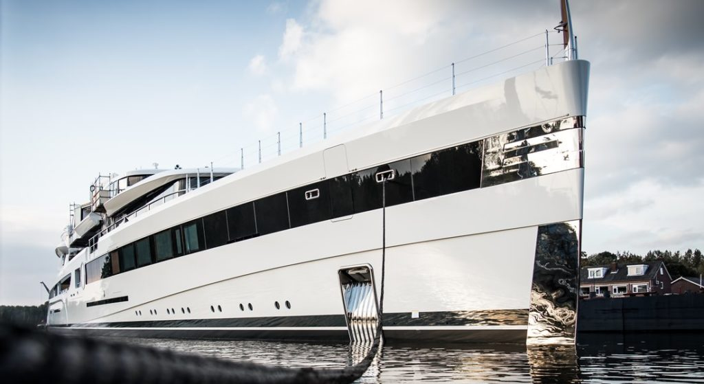 Feadship project 814 superyacht Lady S squeezes through aqueducts