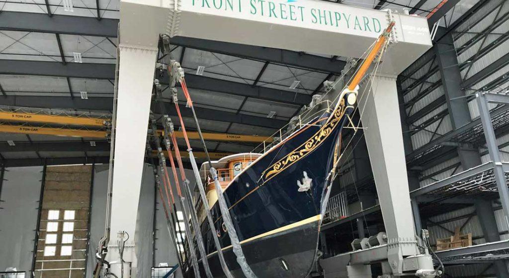 Building 6 Front Street Shipyard Atlantide megayacht refit