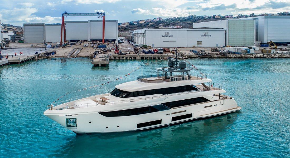 Custom Line Navetta 33 megayacht Maria Theresa