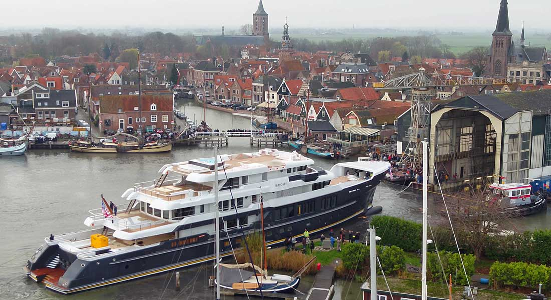 the superyacht Scout launched at Hakvoort; the yard became Royal Hakvoort Shipyard in 2020