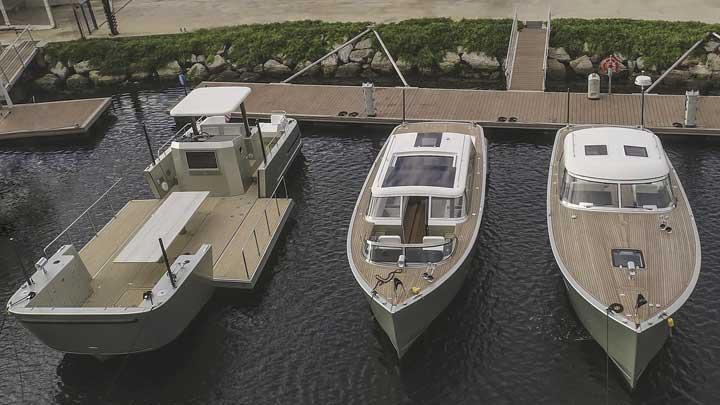Reliant Yachts X40T Limousine Tender center megayacht tender by Reliant Yachts