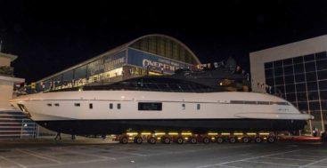 Mangusta 110 megayacht hull 4