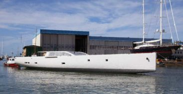 Perini Navi 42m E-volution hull has arrived in Italy