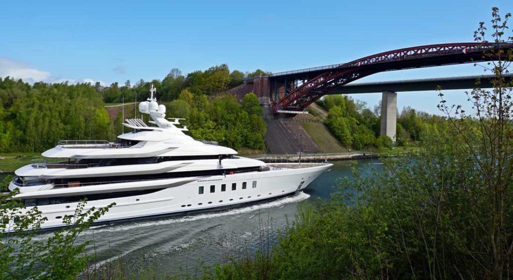 Lurssen megayacht Madsummer heads out on sea trials