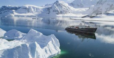 EYOS Expeditions and Legend are organizing a megayacht trip through Antarctica