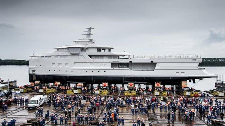 La Datcha is the first SeaXplorer 77 superyacht