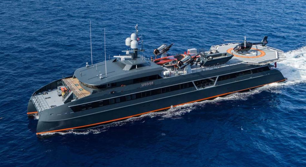 Hodor is a megayacht catamaran Shadow Cat from Incat Crowther