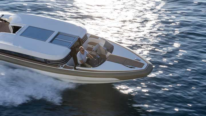 the Onda 321L is a superyacht limo tender