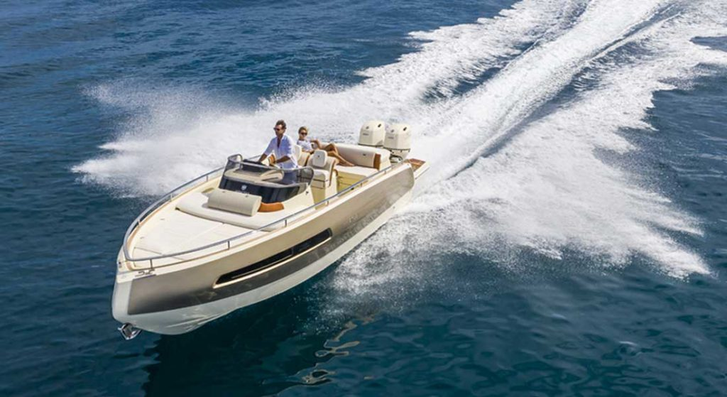 the Invictus GT280S megayacht tender packs a power punch with 500 hp