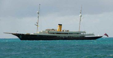the classic replica megayacht Nero in 2015