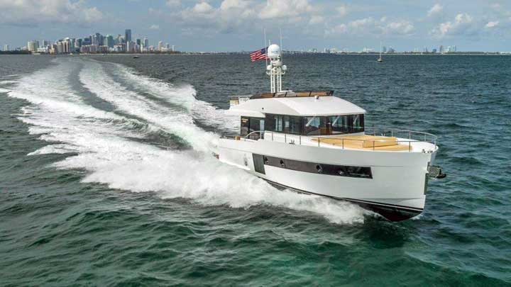 the Sundeck Yachts 580 isn't a megayacht but will be at FLIBS 2019