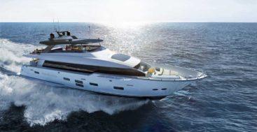 the Hatteras M98 Panacera megayacht premieres in 2021