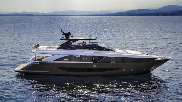 Drifter is an Amer F100 megayacht