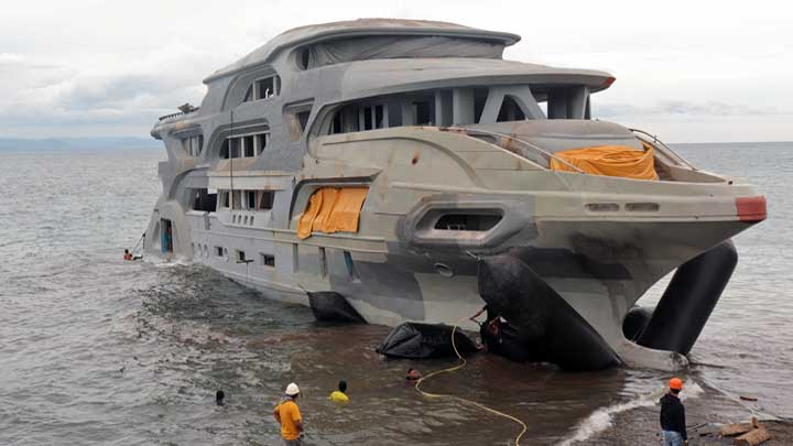 Manny Pacquiao's yacht is The Queen 888, a 45-meter superyacht