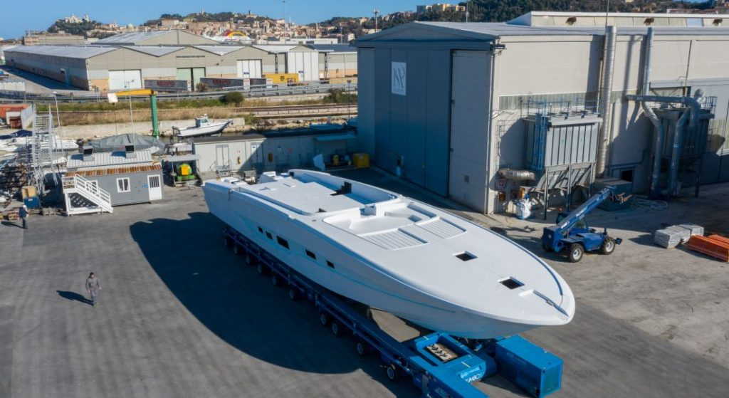 the ISA Super Sportivo 100 GTO megayacht will be ready in August 2020