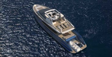 the Van der Valk Pilot series starts at 75 feet and goes up into megayacht territory