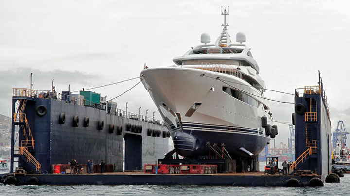 the megayacht O'Pari launched from Golden Yachts in 2020